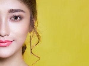 Vitamina C para o rosto de acordo com a idade